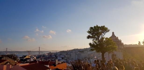 Cookie FM Nirina Lisbon Travel 115