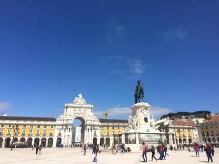 Cookie FM Nirina Lisbon Travel 118