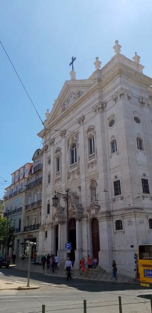 Cookie FM Nirina Lisbon Travel 51