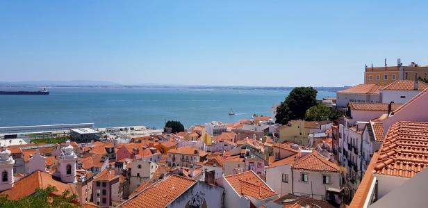Cookie FM Nirina Lisbon Travel 71