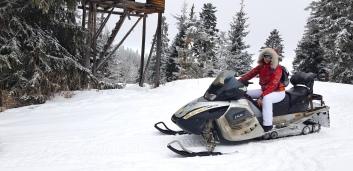 Cookie FM Nirina Borovets Bulgaria Skiing-45